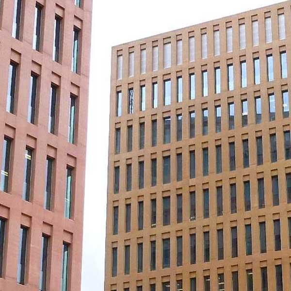 Àrees de pràctica: Contenciós, Mercantil, Concursal i dret d'insolvències, Civil, Contractació, Administratiu, Fundacions privades.