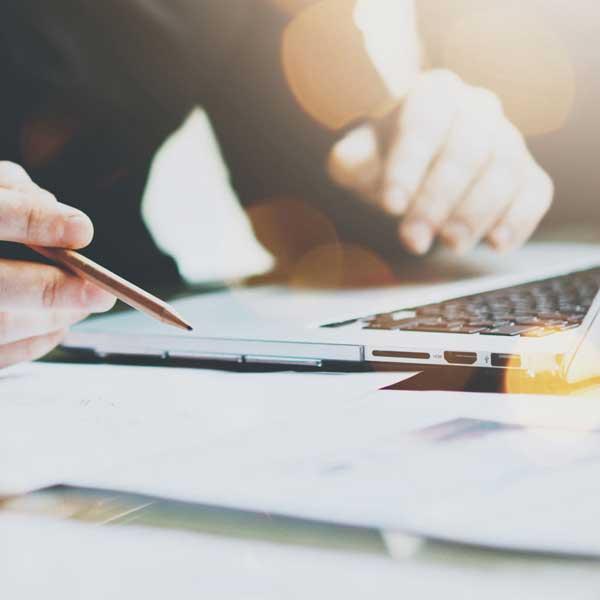 ASSESSORAMENT COMPTABLE, FISCAL i EMPRESARIAL Assessorament dirigit a tot tipus d'empreses, autònoms i Administracions Públiques